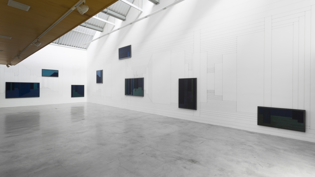 Janaina Mello Landini, Labirinto Sintr贸pico, 2016 - Installation View (Ph. courtesy of Zipper Galeria)